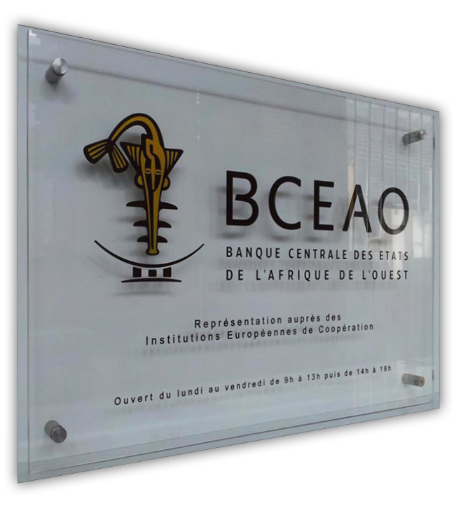 plaque-plexiglass-bceao